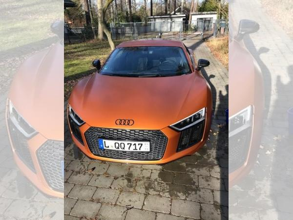 Foto - Audi R8 COUPE PLUS 5.2 FSI