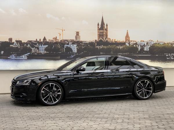 Foto - Audi S8 Plus inkl. ABT Tuning 705 PS - 320 km/h