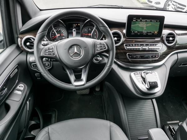 Foto - Mercedes-Benz V 250 Avantgarde Edition,COMAND;Distronic,AHK,Kamera