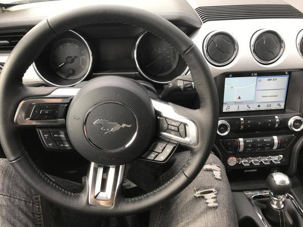 Foto - Ford Mustang EcoBoost 2.3