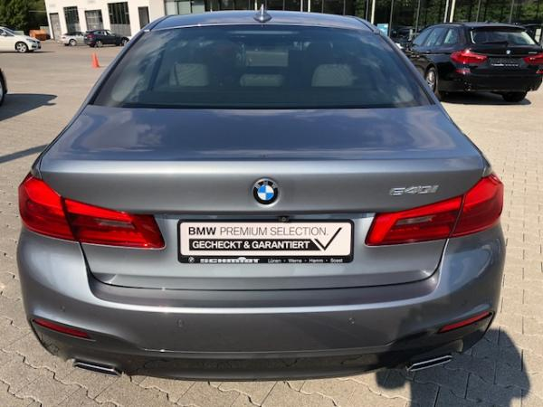 Foto - BMW 540 i M Sport, TV, Head-Up, B&W, Navi Professional, Rear Entertainment, NP 96k