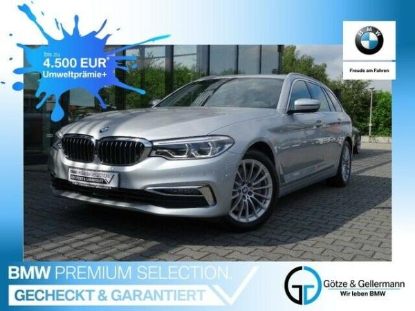Foto - BMW 540 i xDrive Touring Luxury Line//Pano, DrivingAssistantPlus, Adapt.LED uvm.