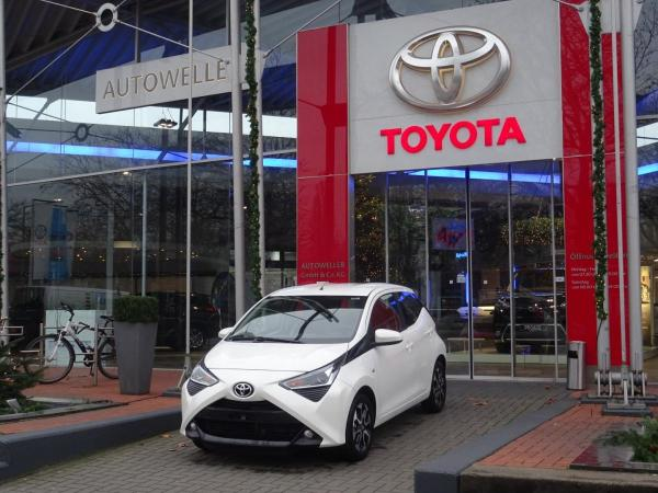 Toyota Aygo Team D *99 ,-€* Apple Carplay Kamera Klima