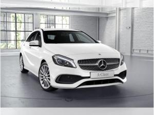 Foto - Mercedes-Benz A 180 d Peak Edition AMG Line LED Performance