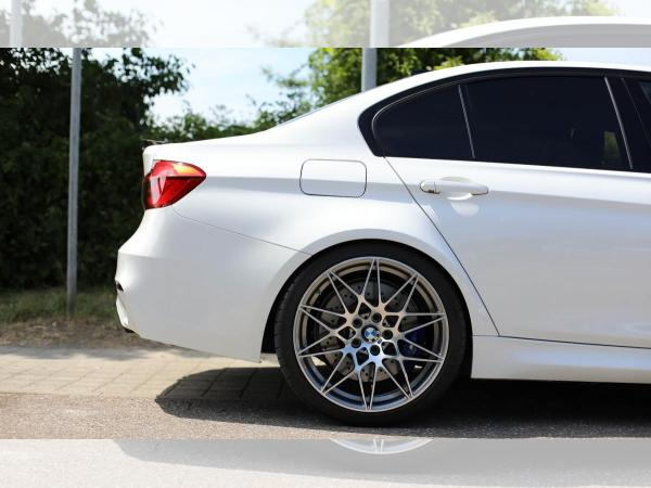 Foto - BMW M3 Competition