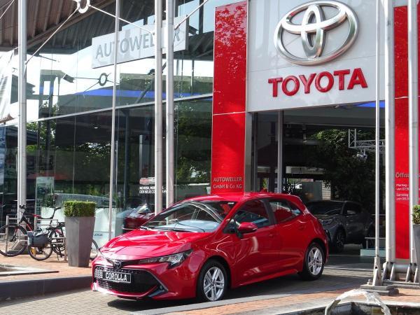 Toyota Corolla 1.2 Turbo Comfort + Business Paket LED SHZ Apple Carplay