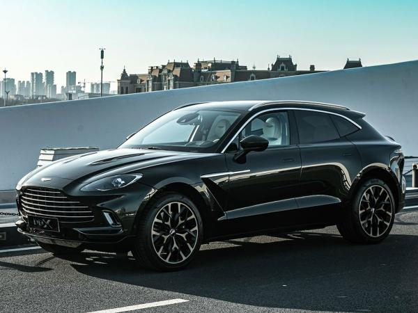 Aston Martin DBX leasen