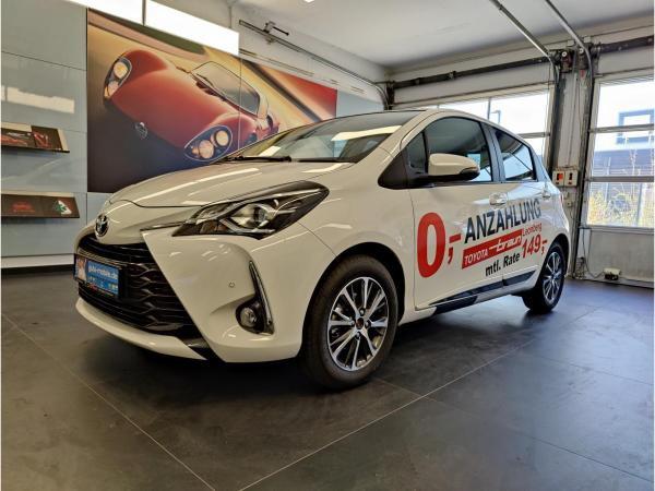 Toyota Yaris 1.5 L Y20 Team D + Connect + PDC vo&hi