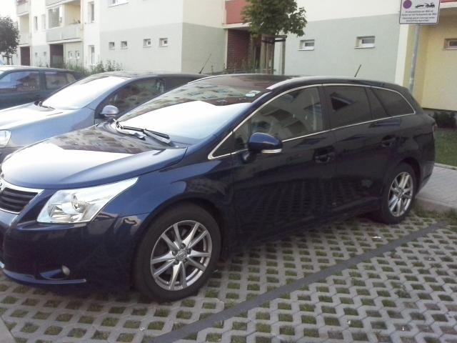 leasing bernahme toyota avensis 2 2d 4d business edition. Black Bedroom Furniture Sets. Home Design Ideas
