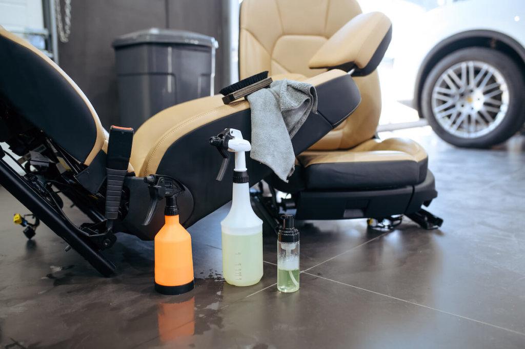 reinigungsprodukte zum reinigen von ledersitzen